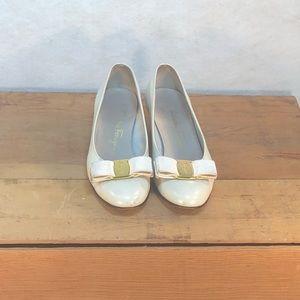 Salvador Ferragamo Flats Size 5